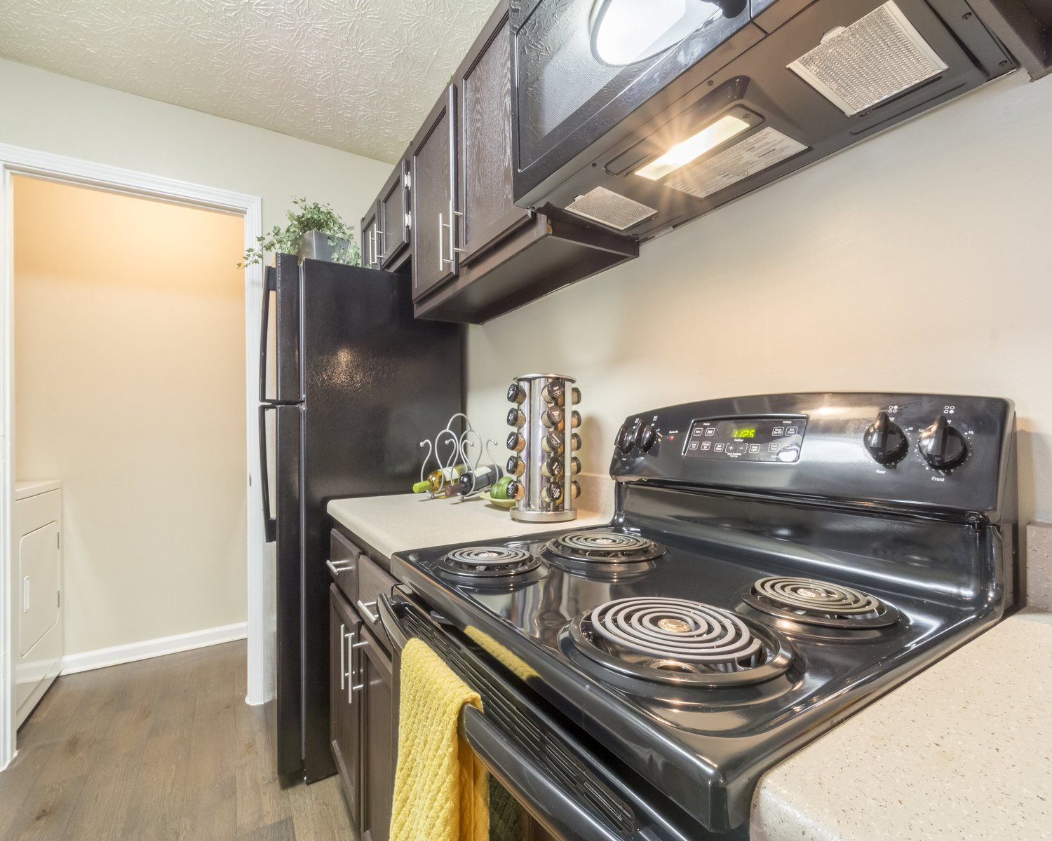 Whirpool Appliances, furnished kitchens