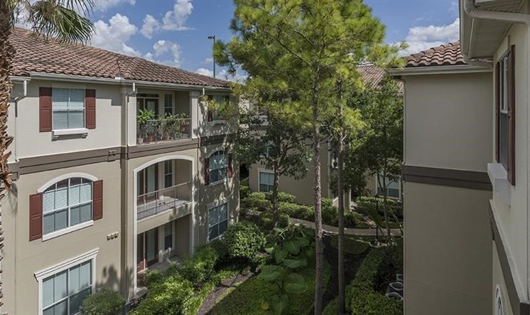 at Kirby Place Apartments, Houston, TX,77030 is a Resort Style Community