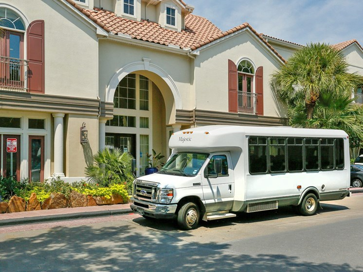 Medical Center Shuttle Bus at Kirby Place Apartments, Houston, TX,