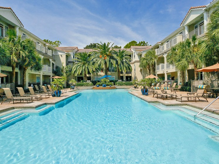 Resort Style Swimming Pool at Kirby Place Apartments, TX,