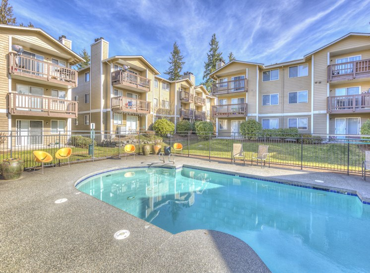 Sparkling Swimming Pool And Relaxing Area at Mirabella Apartments, Washington, 805 112th St SE, Everett