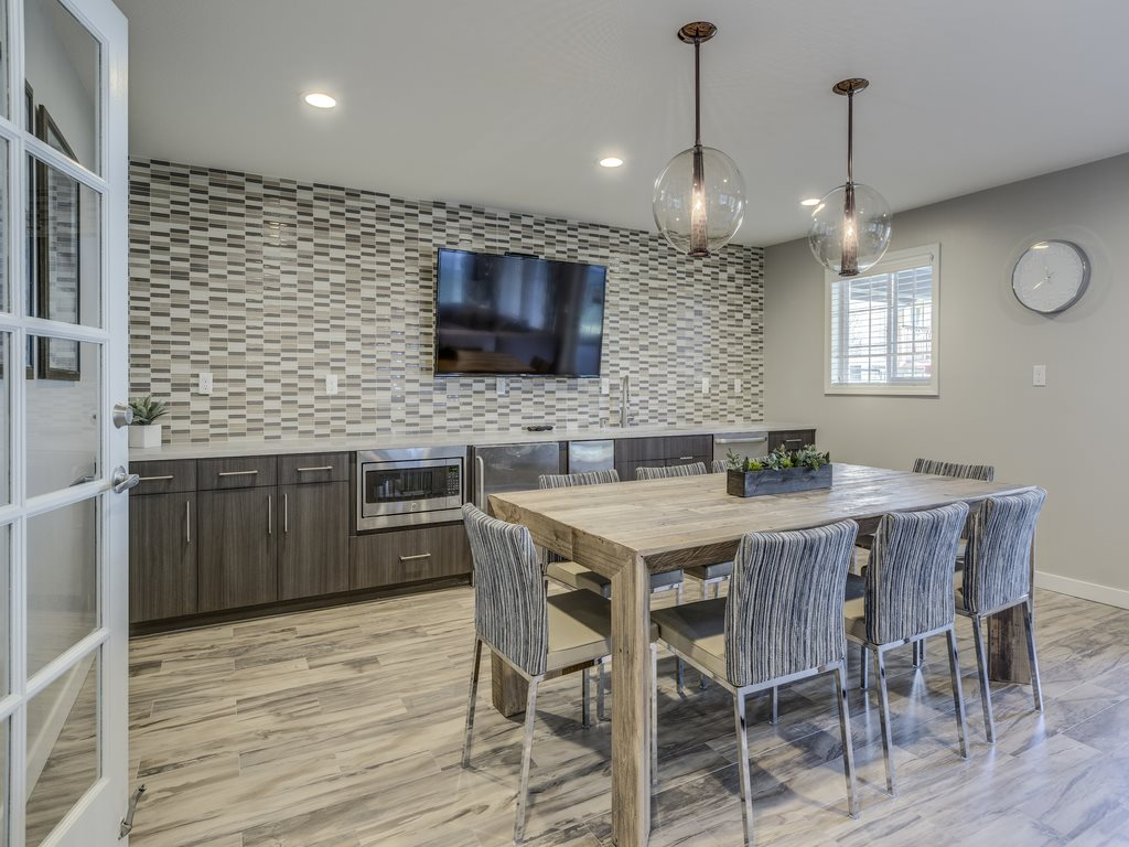 Separate Family Dining Area at Mirabella Apartments, Washington 98208