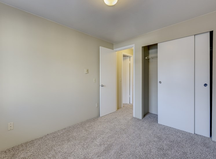 Spacious Private Master Bedrooms at Mirabella Apartments, 805 112th St SE, Everett