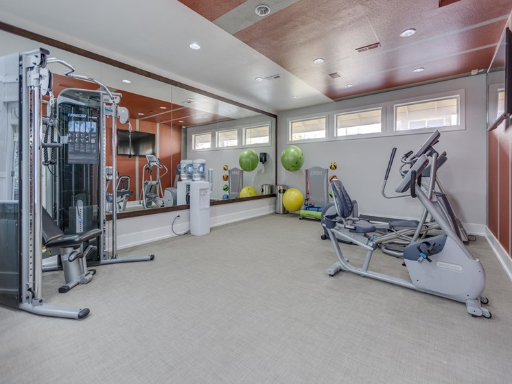 24-Hour Fitness Center at Nickel Creek Apartments, 3702 204th St SW, 98036