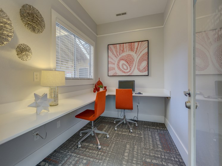 Business Center With Modern Amenities Nickel Creek Apartments, 3702 204th St SW, Lynnwood, 98036