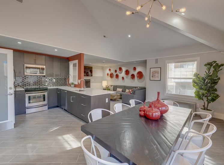 Open Floor Plans With Separate Dining area at Nickel Creek Apartments, Lynnwood, WA 98036