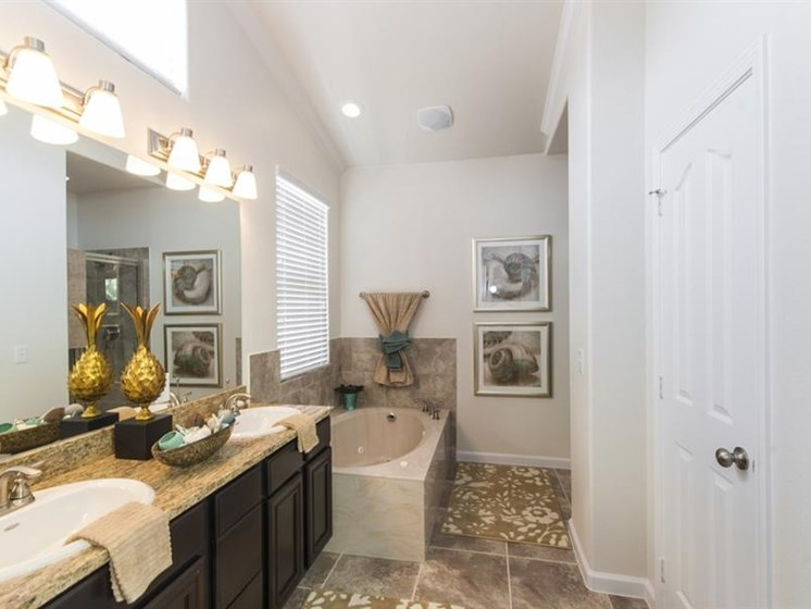 Garden-style Soaking Tub at Parc Woodland, Conroe, TX, 77384
