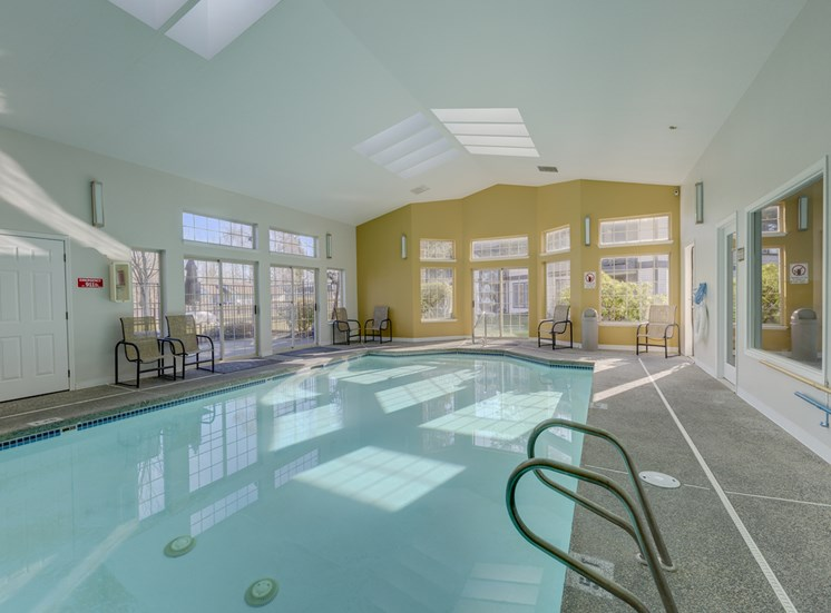 Indoor Swimming Pool at Saratoga Apartments, Everett, WA 98204
