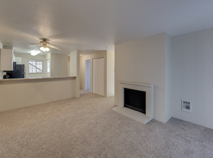 High Ceilings And plush Carpeting at Saratoga Apartments, 11812 E. Gibson Rd., Everett, Washington