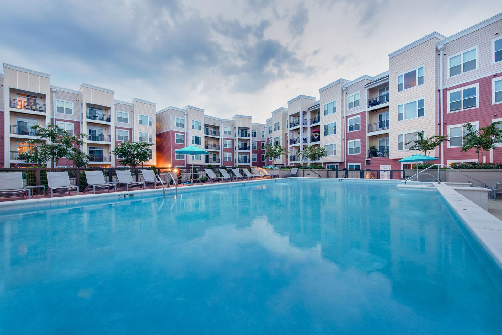 Amazing Sparkling Swimming Pool At The Ridgewood By Windsor, 4211 Ridge Top Road,  Fairfax, Photo