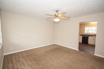 2106 Waverly Parkway 1-3 Beds Apartment for Rent Photo Gallery 1