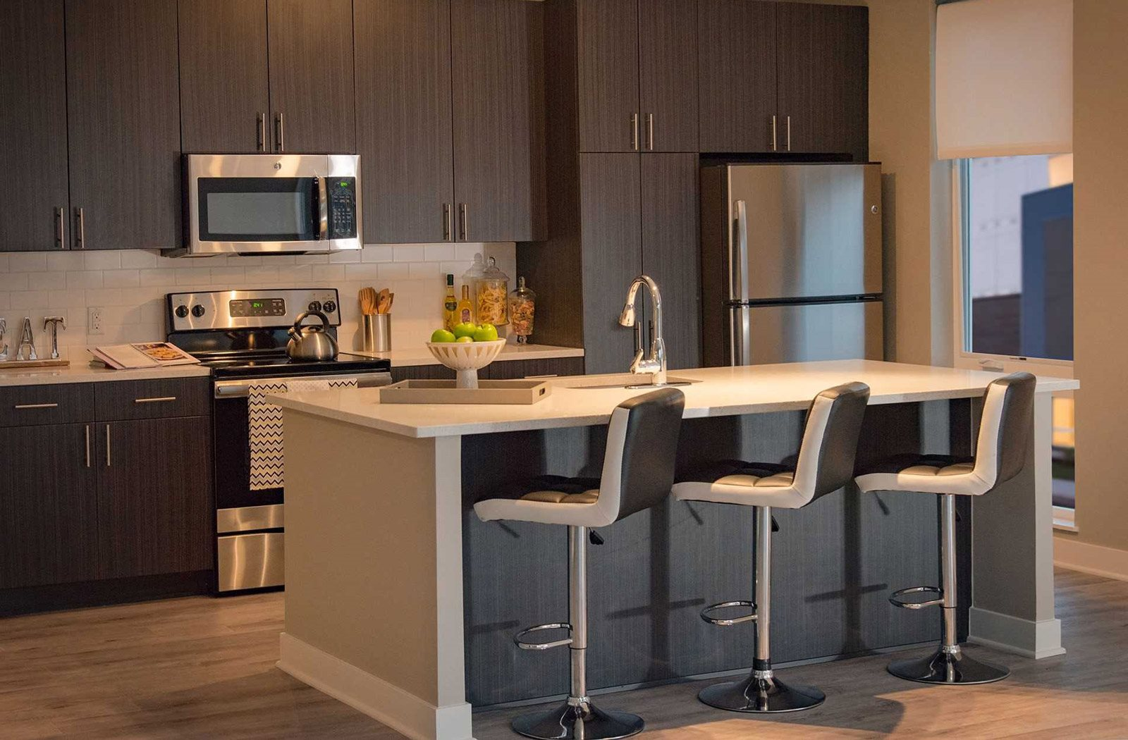 The Ridge at Robinson Apartments, Pittsburgh, PA, 15205 has Spacious Kitchen with Pantry Cabinet and Dining Area
