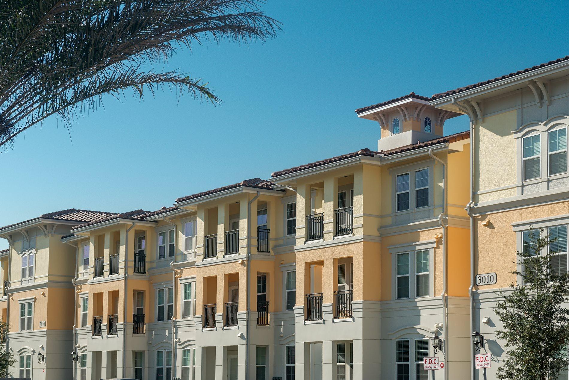 Renovated Apartment Homes Available at Orlando Apartments_Lugano Apartments_Luxury Apartments in Kissimmee, Florida