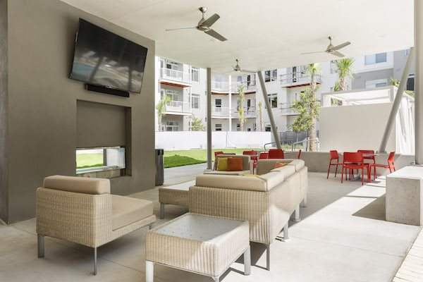 Landon House apartments in Orlando, Florida's Lake Nona Neighborhood outdoor fireplace and lounge