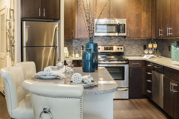 Landon House apartments in Orlando, Florida's Lake Nona Neighborhood stainless steel appliance package