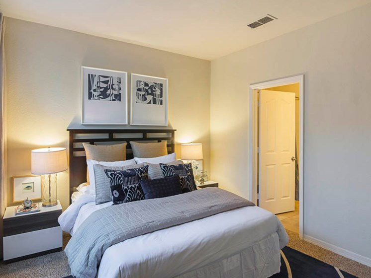 Enders Place at Baldwin Park Bedroom
