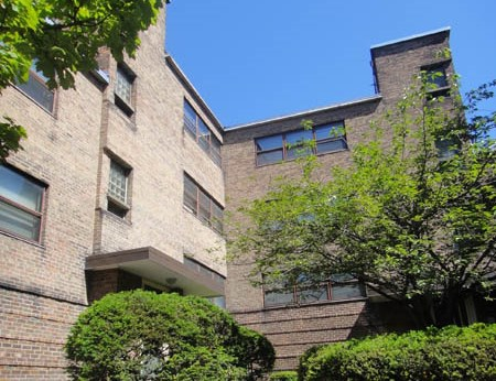 Delaware Court Apartments Community Thumbnail 1