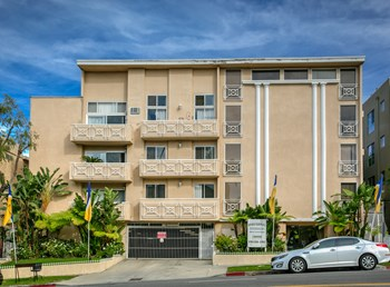 2230 S. Beverly Glen Blvd. Studio-1 Bed Apartment for Rent Photo Gallery 1