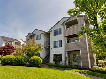 3210 SW 185th Avenue 1-3 Beds Apartment for Rent Photo Gallery 1