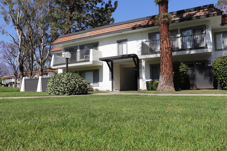 Patio/Balcony at Monte Vista Apartment Homes, La Verne, CA