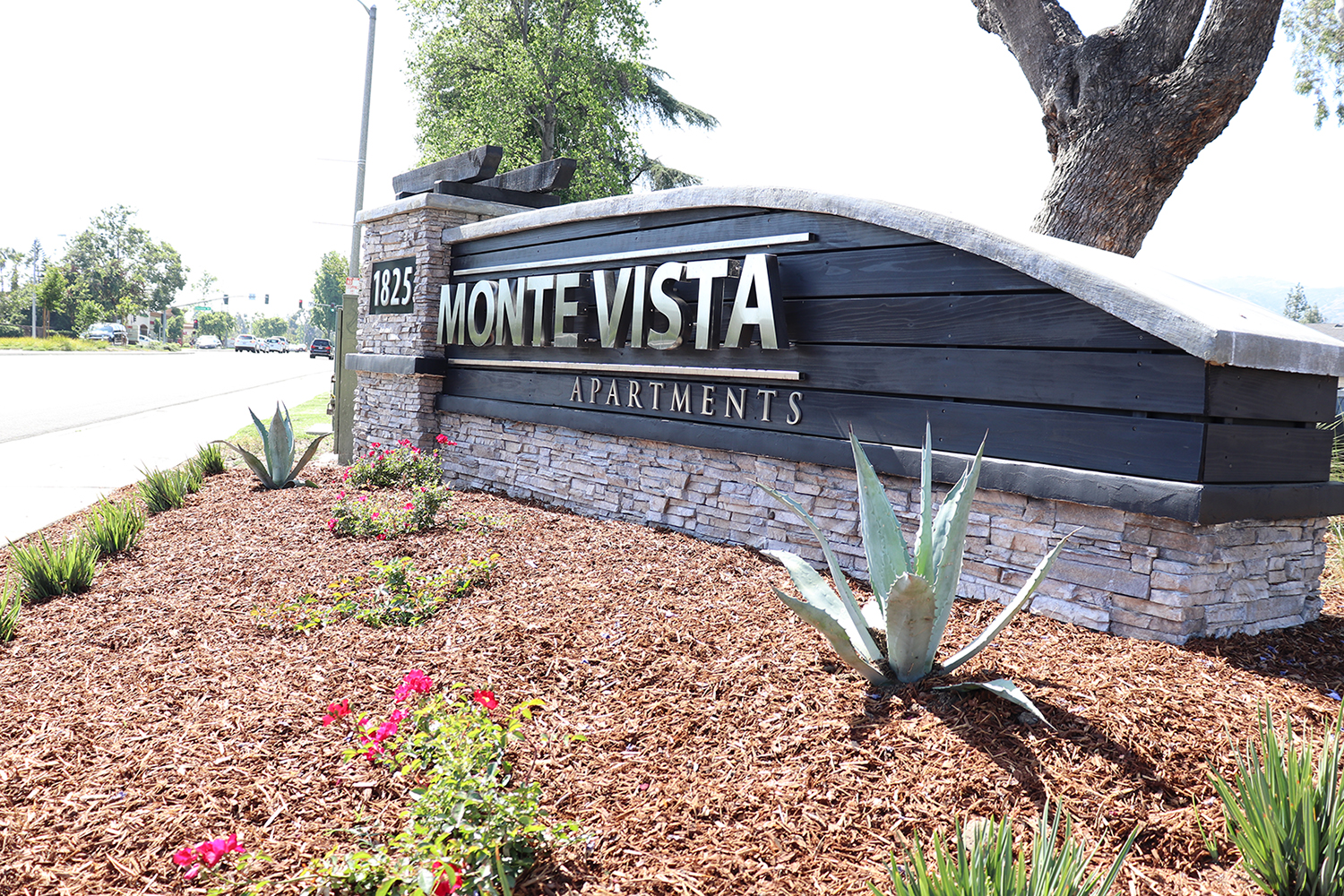 Monte Vista Apartment Homes at Monte Vista Apartment Homes, La Verne, California Signage