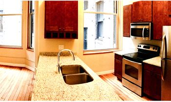 141 4th St E Studio-2 Beds Apartment for Rent Photo Gallery 1