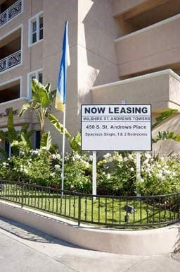 450 S. St. Andrews Place Studio-2 Beds Apartment for Rent Photo Gallery 1