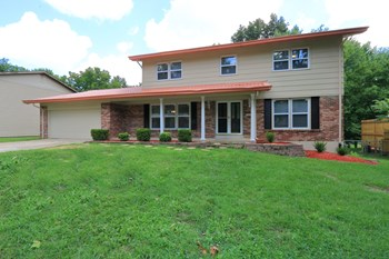 73 Atwater Drive 4 Beds House for Rent Photo Gallery 1
