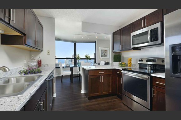 North harbor chicago apartments 175 n harbor drive chicago il rentcaf for 2 bedroom apartments in chicago south side