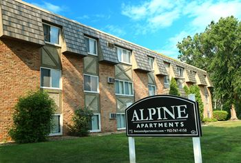 231 - 4th Ave. NW & 219 - 3rd Ave SW. 1-2 Beds Apartment for Rent Photo Gallery 1
