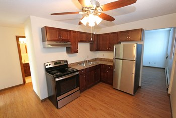 231 4th Ave NW 2 Beds Apartment for Rent Photo Gallery 1