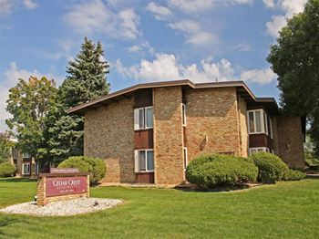 8949 Old Cedar Ave. S 1-2 Beds Apartment for Rent Photo Gallery 1