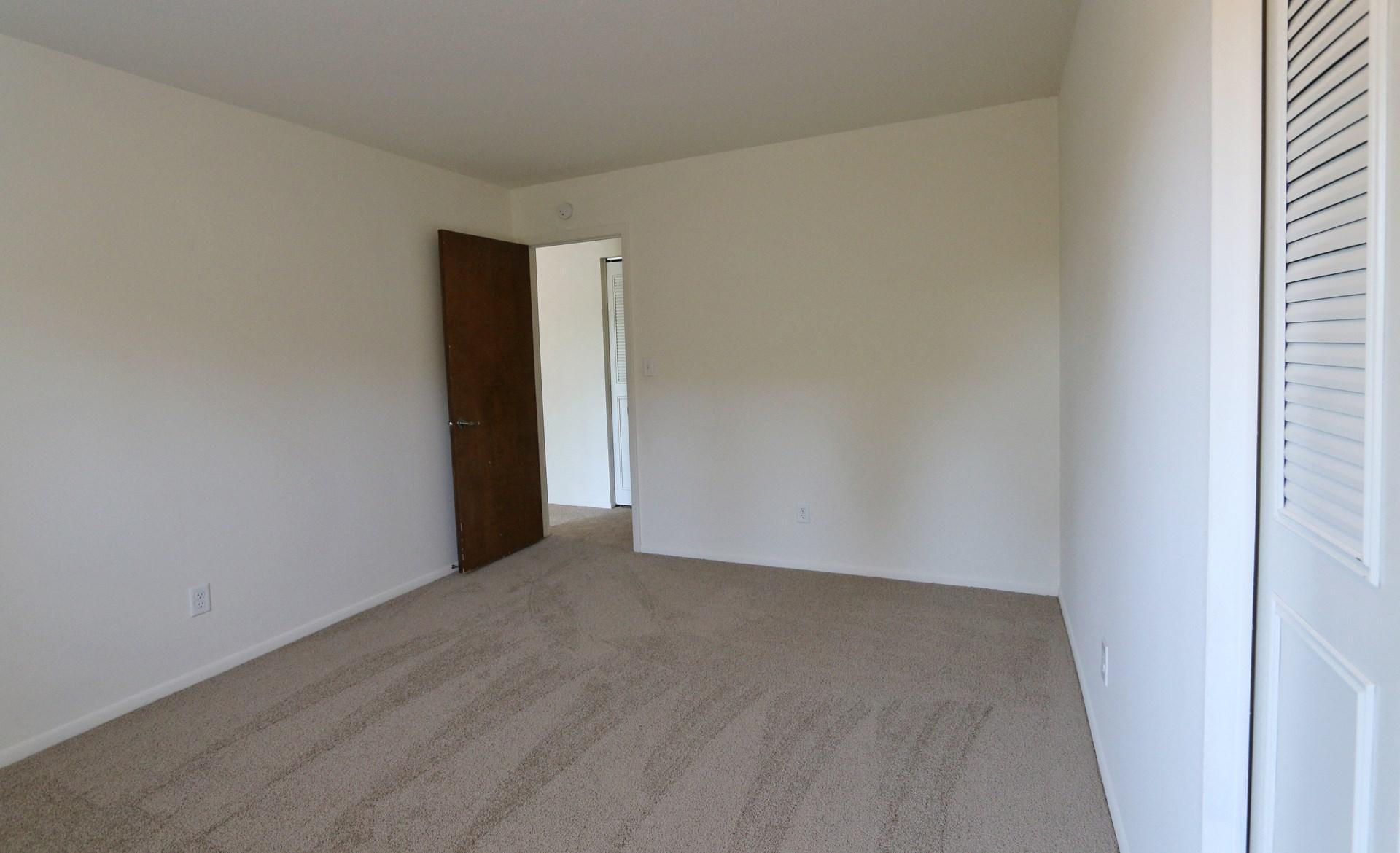 Cedar Manor Apartments | Apartments in Bloomington, MN |