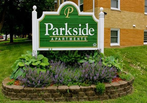 Parkside Apartments Community Thumbnail 1
