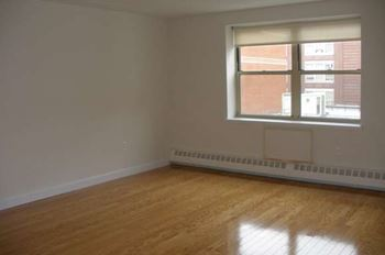 121-125 East 110th Street 1 Bed Apartment for Rent Photo Gallery 1