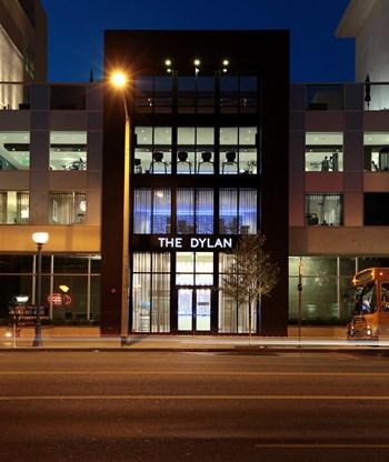 7111 Santa Monica Blvd Studio-2 Beds Apartment for Rent Photo Gallery 1
