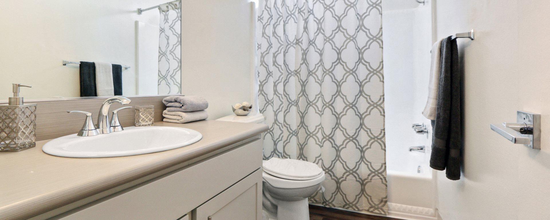 Define Bedroom Community Clair Del Gardens Apartments In Long Beach Ca