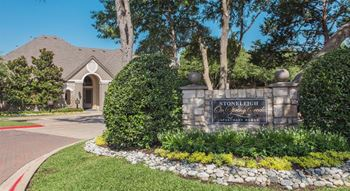 5501 Naaman Forest Boulevard 1-3 Beds Apartment for Rent Photo Gallery 1
