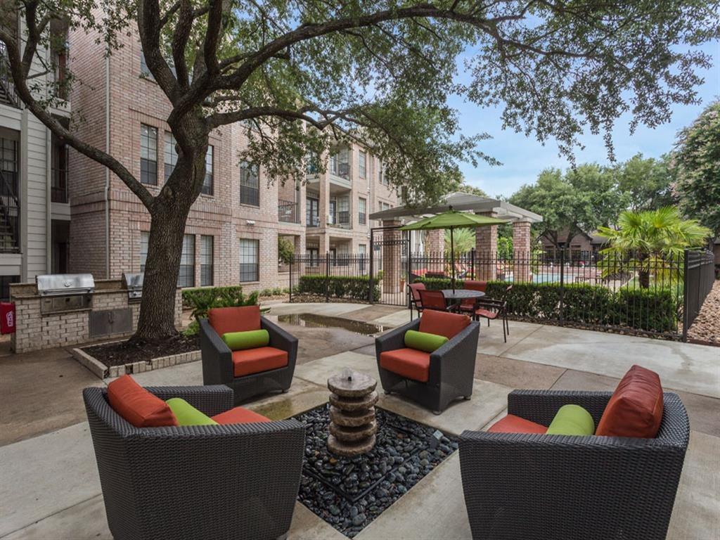 Courtyard Sitting at Greenbriar Park, Houston, 77030