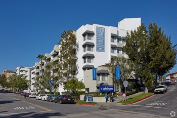 10965 Strathmore Dr 1-2 Beds Apartment for Rent Photo Gallery 1