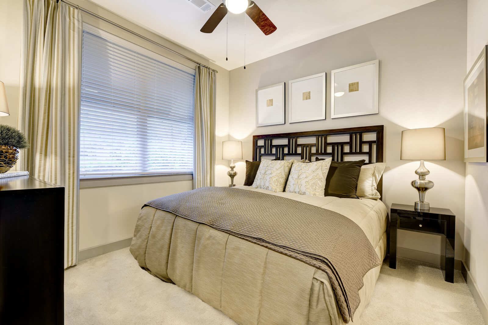 Spacious Bedrooms That Accommodate King Size Beds at Windsor at Cambridge Park, 160 Cambridge Park Drive, Cambridge