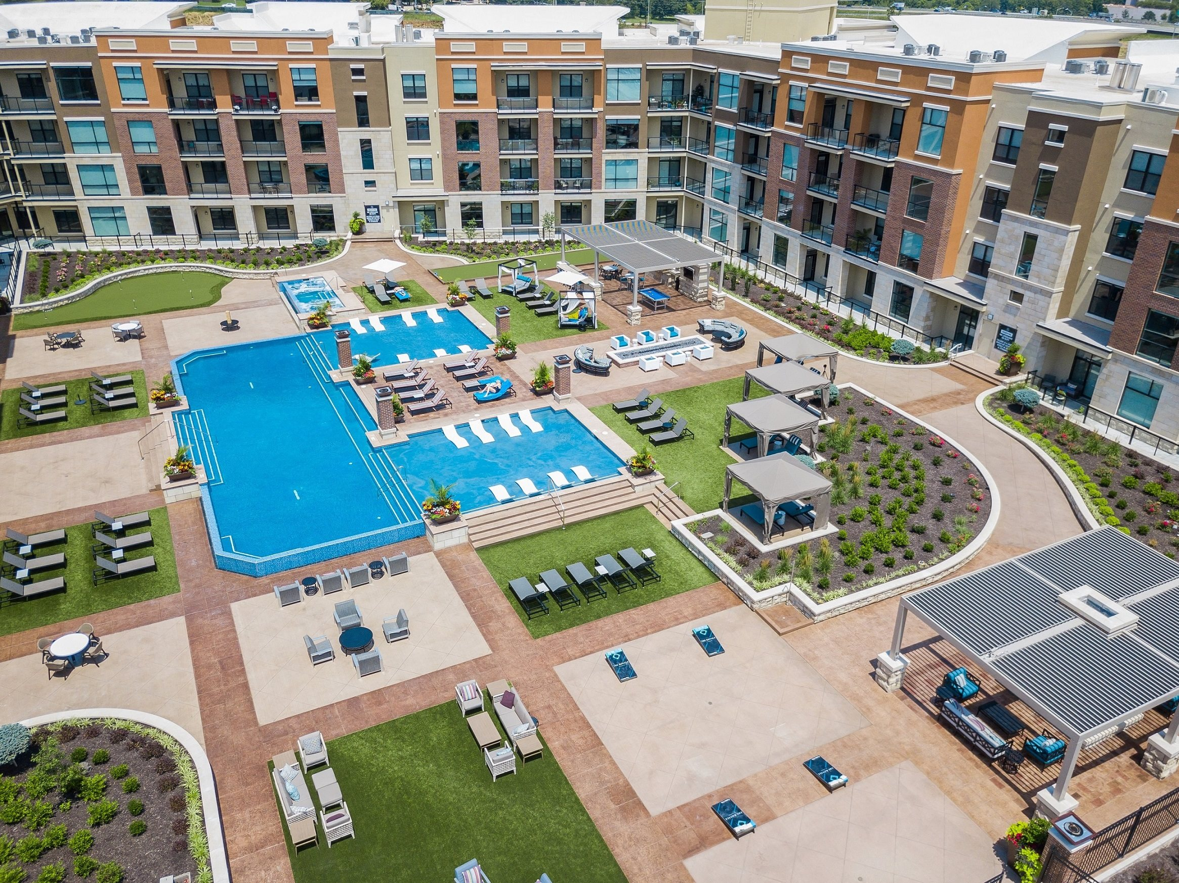 The Royale at CityPlace | Apartments in Overland Park, KS