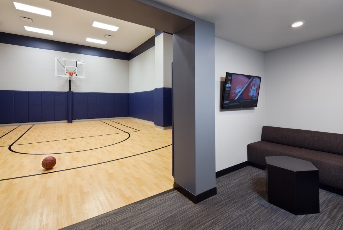 Practice your basketball skills on the court at The Buckler Apartments Milwaukee.