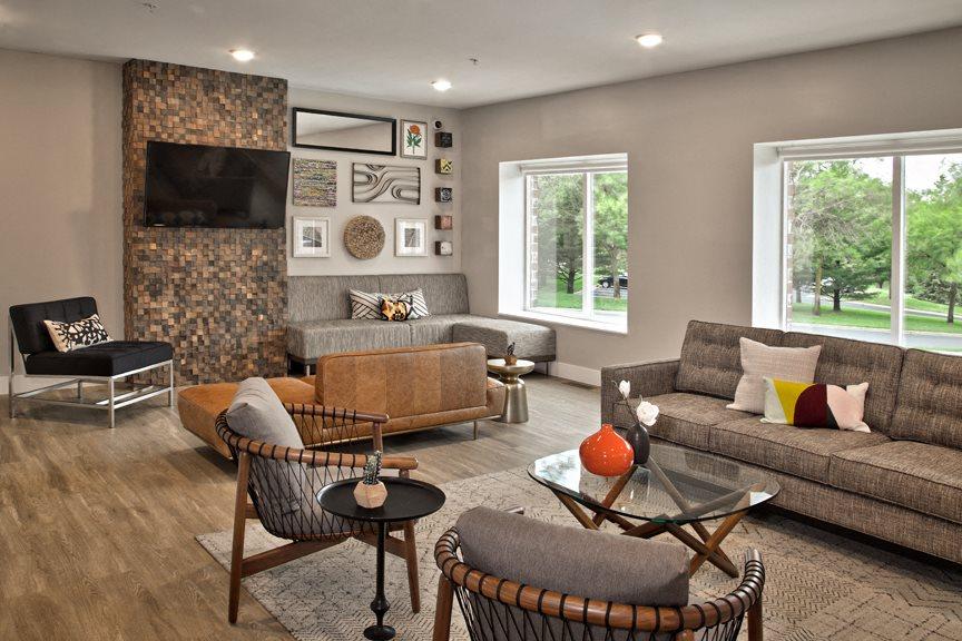 Apartments in eden prairie mn fountain place photo gallery for Interior design eden prairie mn