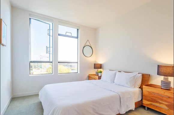Bedroom With Expansive Windows at NMS 1548 Sixth, California, 90401
