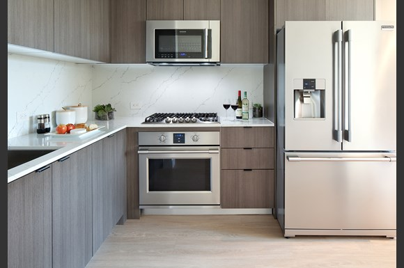 Santa-Monica-Luxury-Apartments-1548-6th-Upscale-Stainless-Steel-Kitchen-Appliances-With-Double-Door-Refrigerator