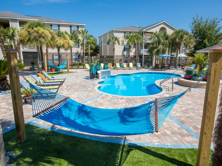 Large Pool with Pool Loungers at Grande View Apartment Homes, Biloxi, 39531