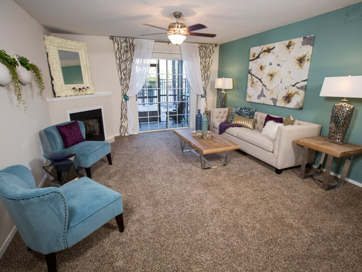 Spacious Living Room at Grande View Apartment Homes, Biloxi, MS