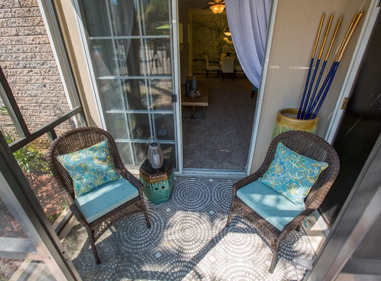 Private Screened-in Patio at Grande View Apartment Homes, Biloxi, 39531