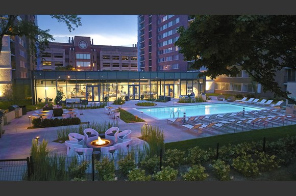Scio Chicago Outdoor Pool